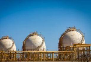 LNG cargo Eni story